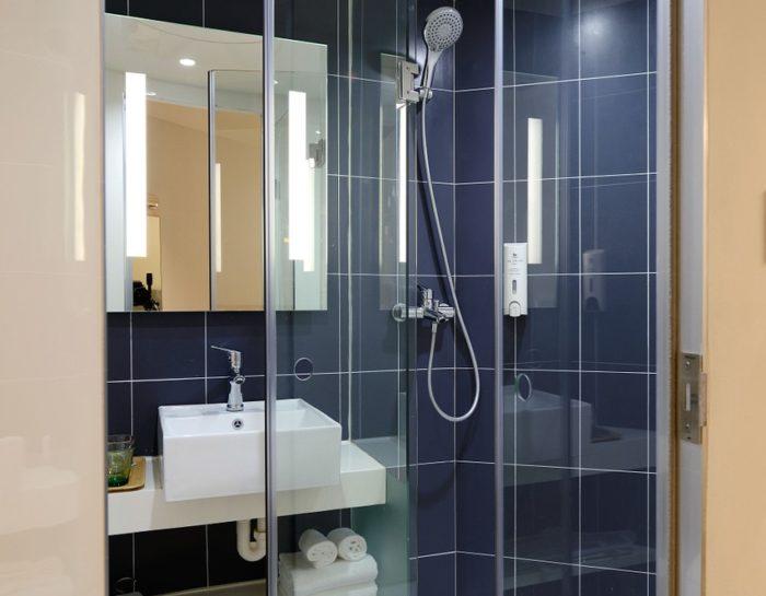Sposoby na czystą kabinę prysznicową