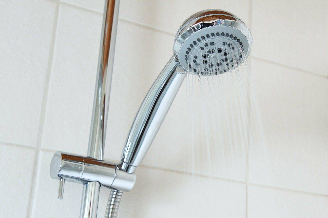 Jak dobrać odpowiedni kształt słuchawki prysznicowej?